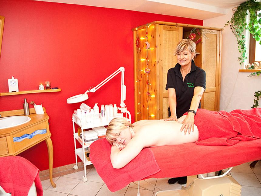 https://bilder.touridat.de/10930/8675/10930-8675-05-Massage