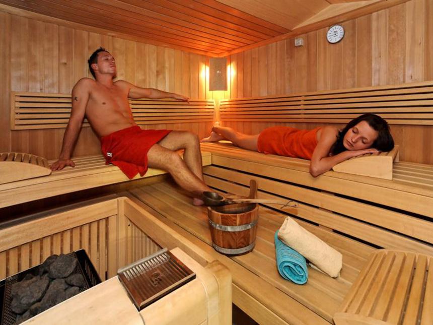 https://bilder.touridat.de/12362/6418/12362-6418-08-Sauna
