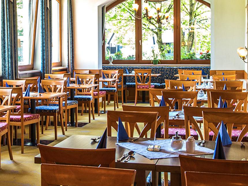 https://bilder.touridat.de/12489/7370/12489-7370-03-Restaurant