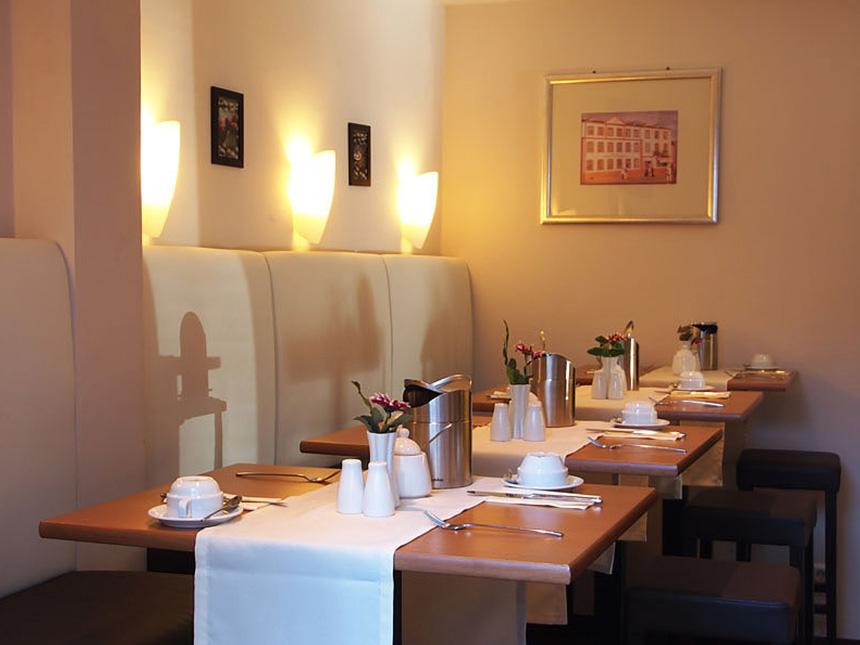 https://bilder.touridat.de/12581/5514/12581-5514-04-Restaurant