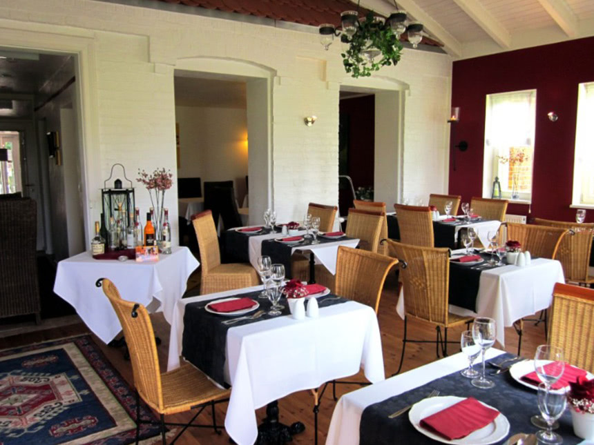 https://bilder.touridat.de/13193/7160/13193-7160-06-Restaurant-01
