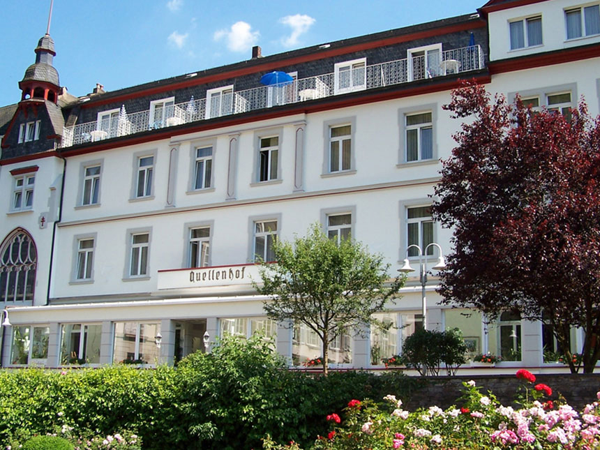 Eifel 4 Tage Urlaub Bad Bertrich Kur-Hotel Quel...