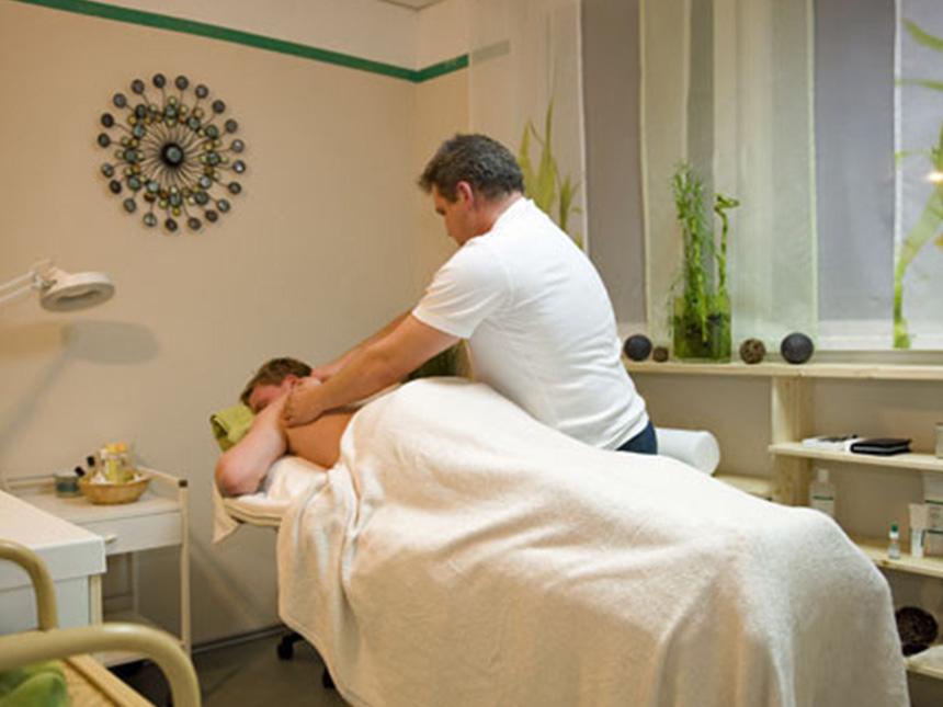 https://bilder.touridat.de/13462/7167/13462-7167-08-Massage