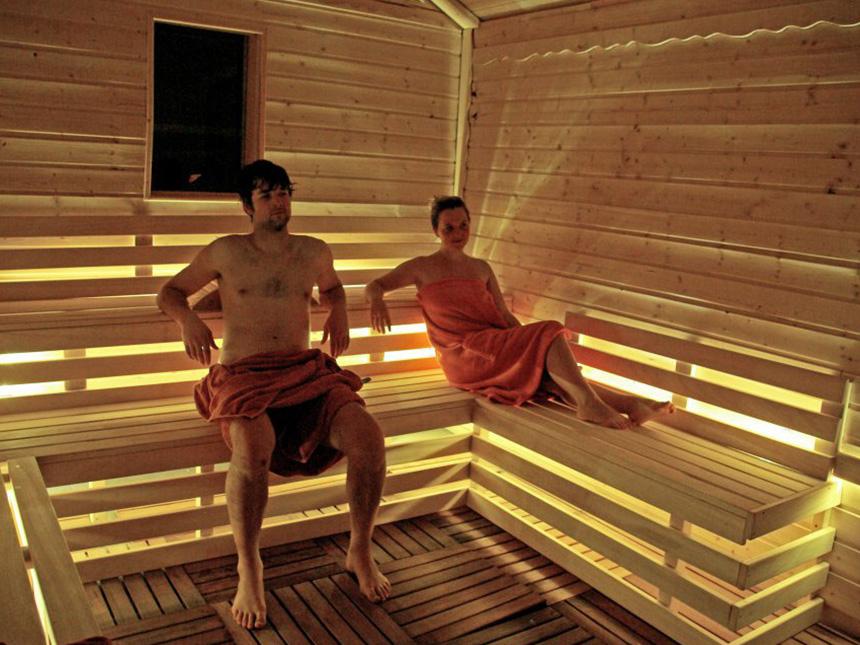 https://bilder.touridat.de/13462/7167/13462-7167-09-Sauna