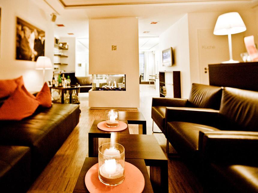 https://bilder.touridat.de/13878/1455/13878-1455-10-Lounge