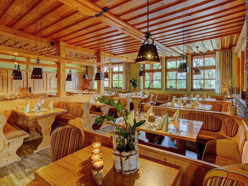 https://bilder.touridat.de/14035/9860/14035-9860-02-Restaurant