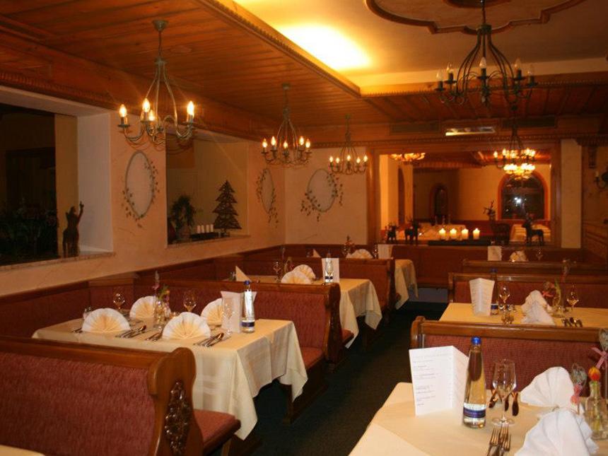 https://bilder.touridat.de/14035/9860/14035-9860-04-Restaurant