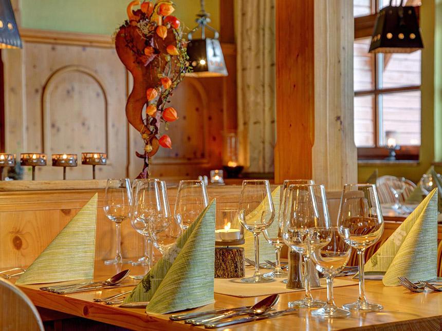 https://bilder.touridat.de/14035/9860/14035-9860-05-Restaurant