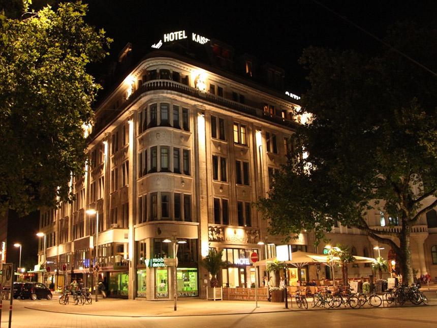 https://bilder.touridat.de/14153/8052/14153-8052-01-Hotel