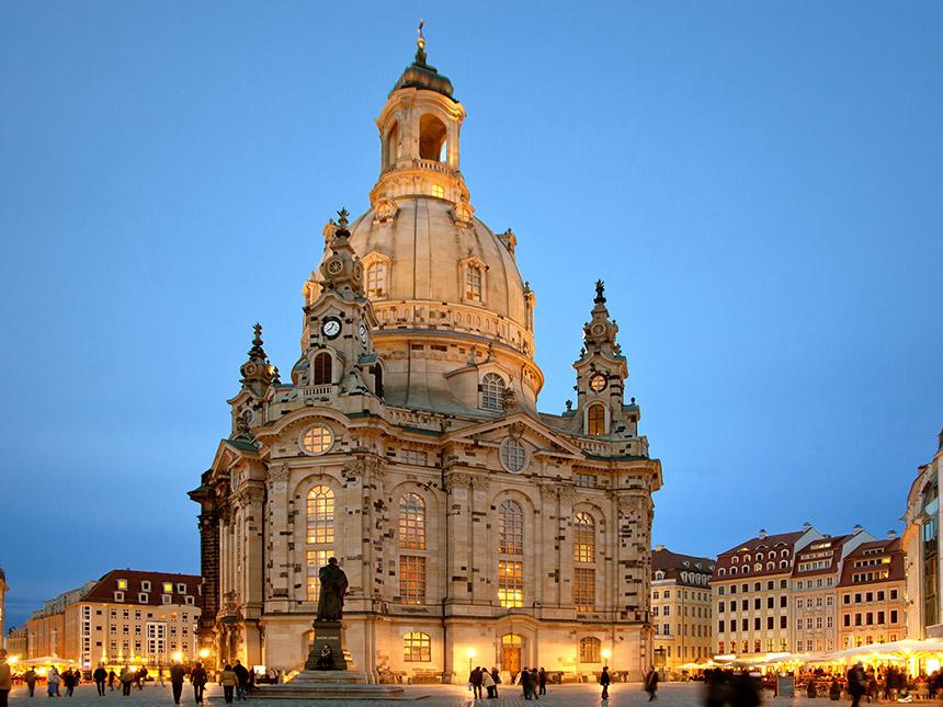 https://bilder.touridat.de/14184/6772/14184-6772-07-Dresden