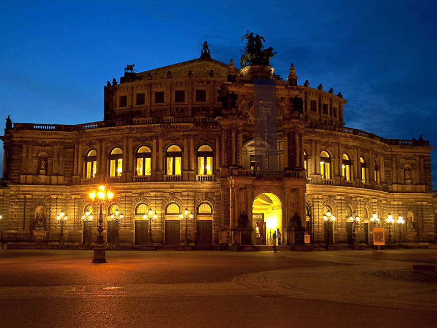 https://bilder.touridat.de/14184/6772/14184-6772-12-Dresden