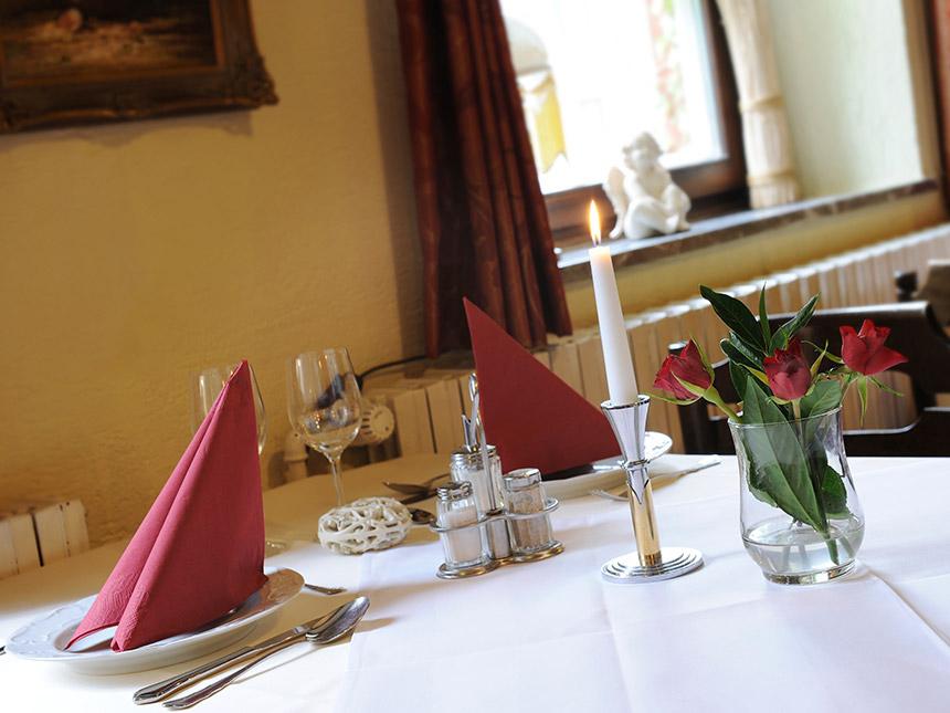 https://bilder.touridat.de/14232/7719/14232-7719-04-Restaurant-01