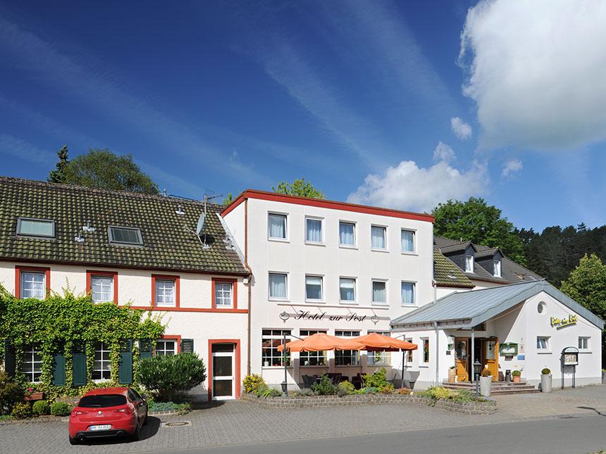 Eifel 6 Tage Deudesfeld Kurzreise Hotel zur Pos...