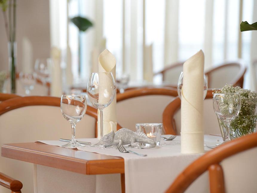 https://bilder.touridat.de/14491/6302/14491-6302-06-Restaurant