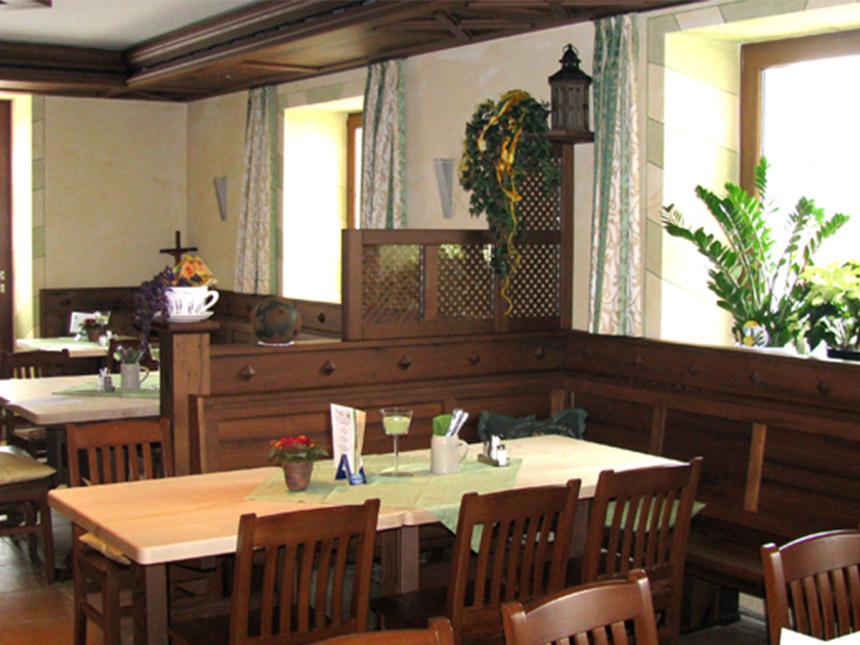 https://bilder.touridat.de/14507/5937/14507-5937-06-Restaurant-03