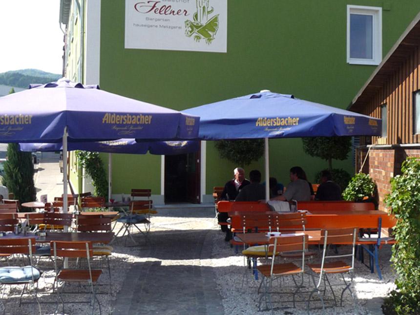 https://bilder.touridat.de/14507/5937/14507-5937-09-Biergarten