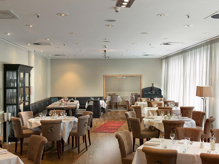 https://bilder.touridat.de/14524/566/14524-566-05-Restaurant