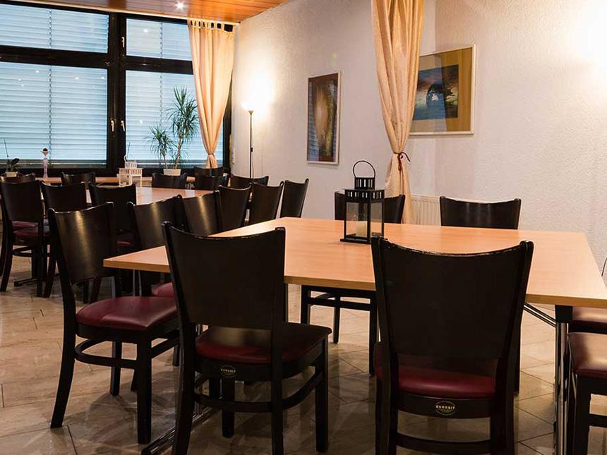 https://bilder.touridat.de/14532/2388/14532-2388-03-Restaurant