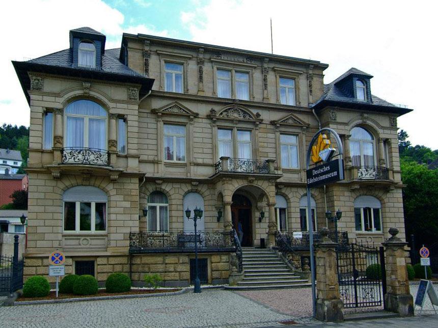 https://bilder.touridat.de/14562/7245/14562-7245-14-Museum