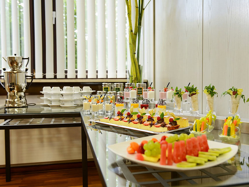 https://bilder.touridat.de/14666/2334/14666-2334-04-Buffet