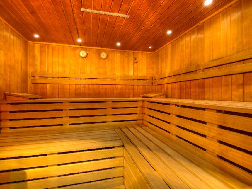 https://bilder.touridat.de/14691/4549/14691-4549-08-Sauna