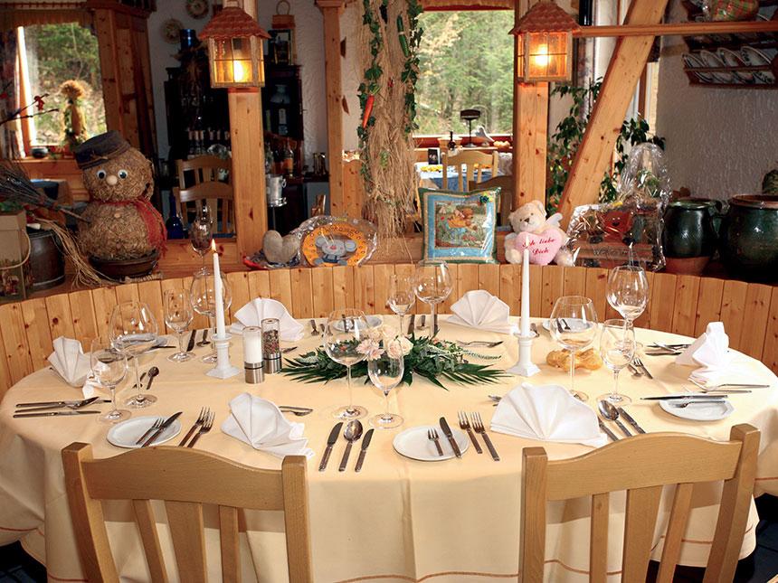 https://bilder.touridat.de/14788/2112/14788-2112-03-Restaurant