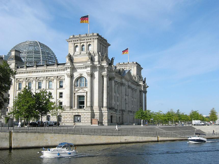 https://bilder.touridat.de/14812/8123/14812-8123-11-Berlin-01