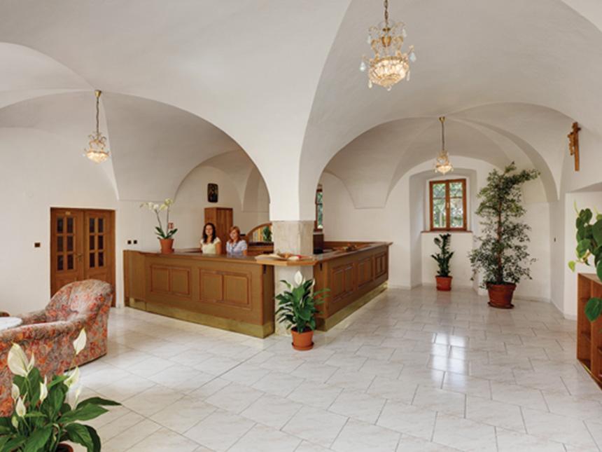 Tschechien 4 Tage Tepla Stadt Kurzurlaub Hotel Klaster Teplá Reise-Gutschein 4