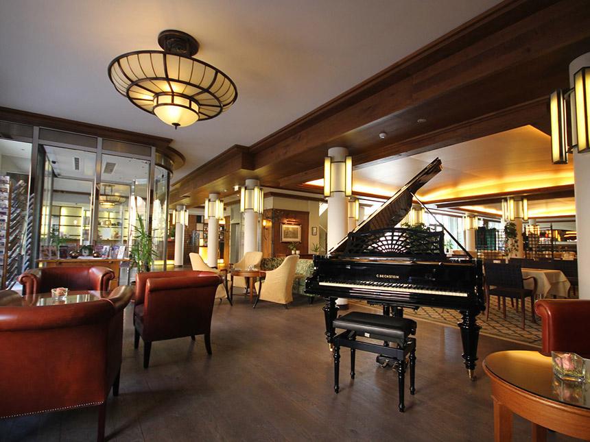 https://bilder.touridat.de/14903/5970/14903-5970-05-Restaurant