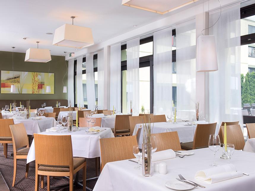 https://bilder.touridat.de/14986/7136/14986-7136-04-Restaurant