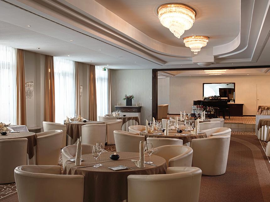https://bilder.touridat.de/15022/4262/15022-4262-04-Restaurant