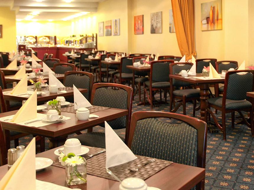 https://bilder.touridat.de/15061/3470/15061-3470-06-Restaurant