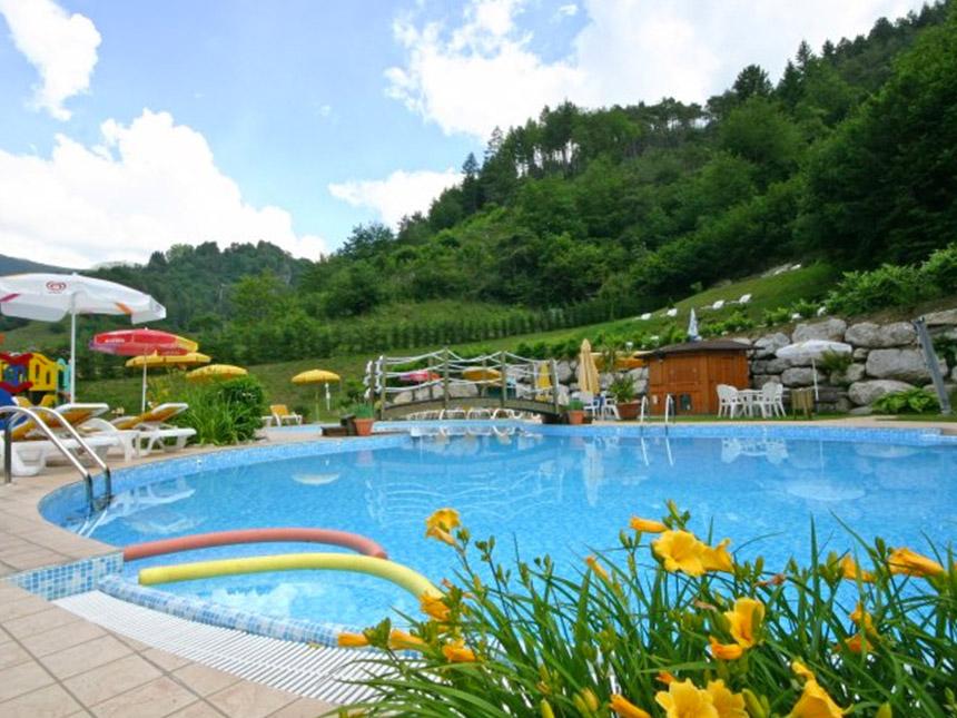 https://bilder.touridat.de/15069/3501/15069-3501-13-Pool-05
