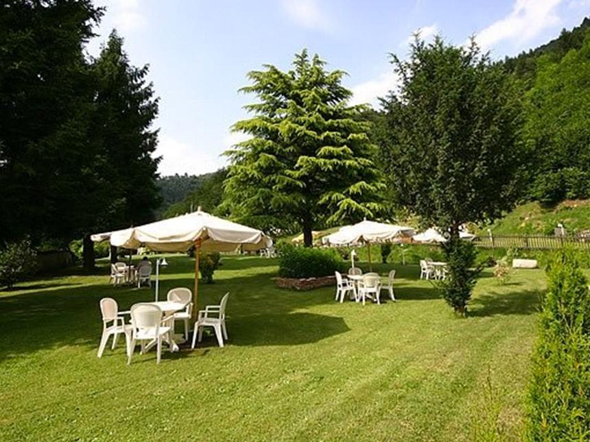 https://bilder.touridat.de/15069/3501/15069-3501-16-Garten