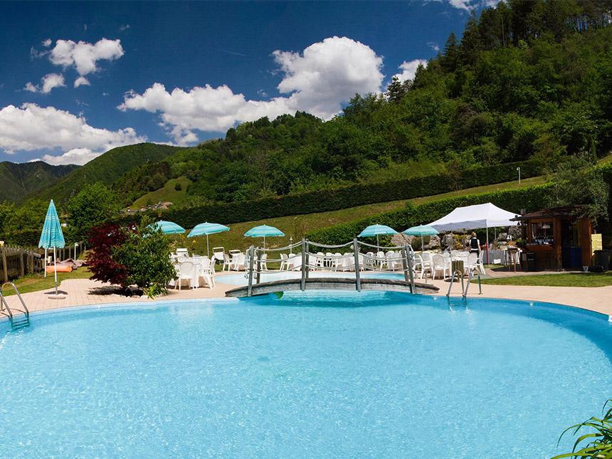 https://bilder.touridat.de/15069/9856/15069-9856-12-Pool