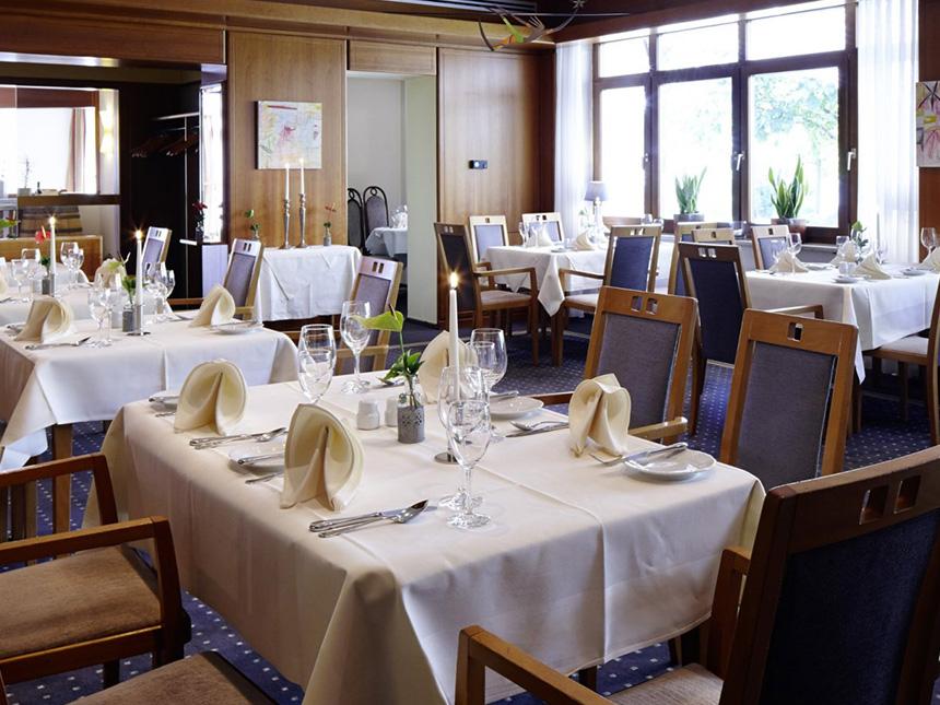 https://bilder.touridat.de/15100/4181/15100-4181-06-Restaurant