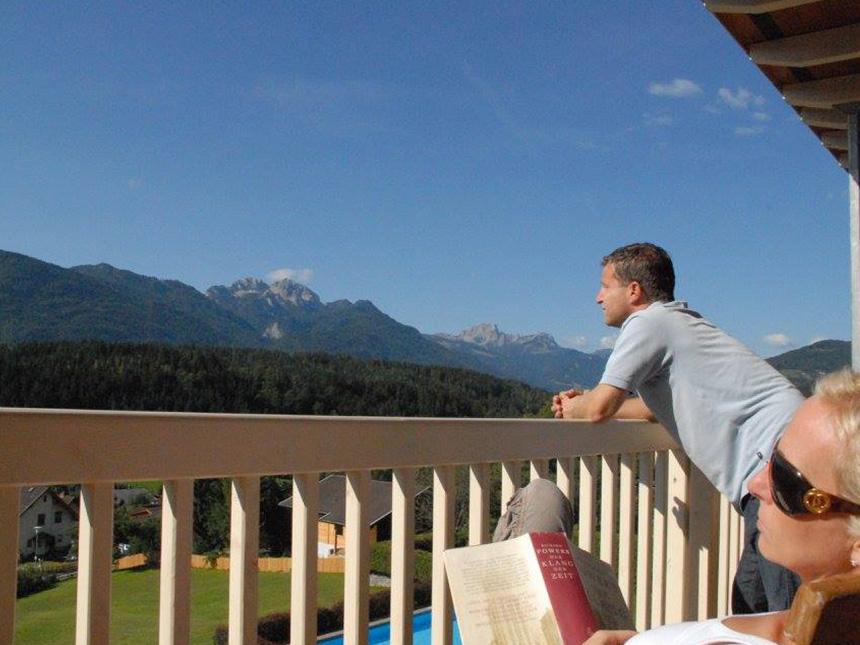 https://bilder.touridat.de/15107/4876/15107-4876-02-Balkon