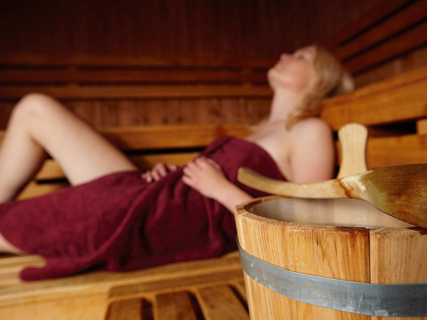 https://bilder.touridat.de/15107/8803/15107-8803-11-Sauna