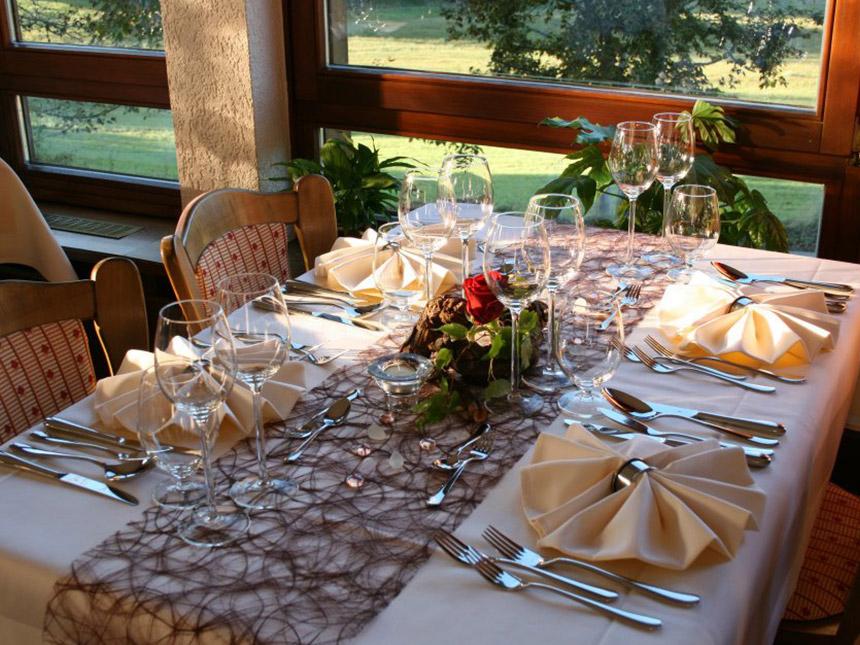 https://bilder.touridat.de/15112/3809/15112-3809-03-Restaurant