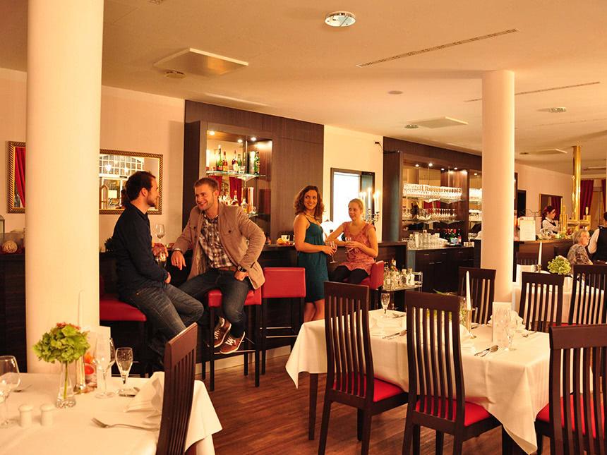 https://bilder.touridat.de/15117/3850/15117-3850-05-Restaurant