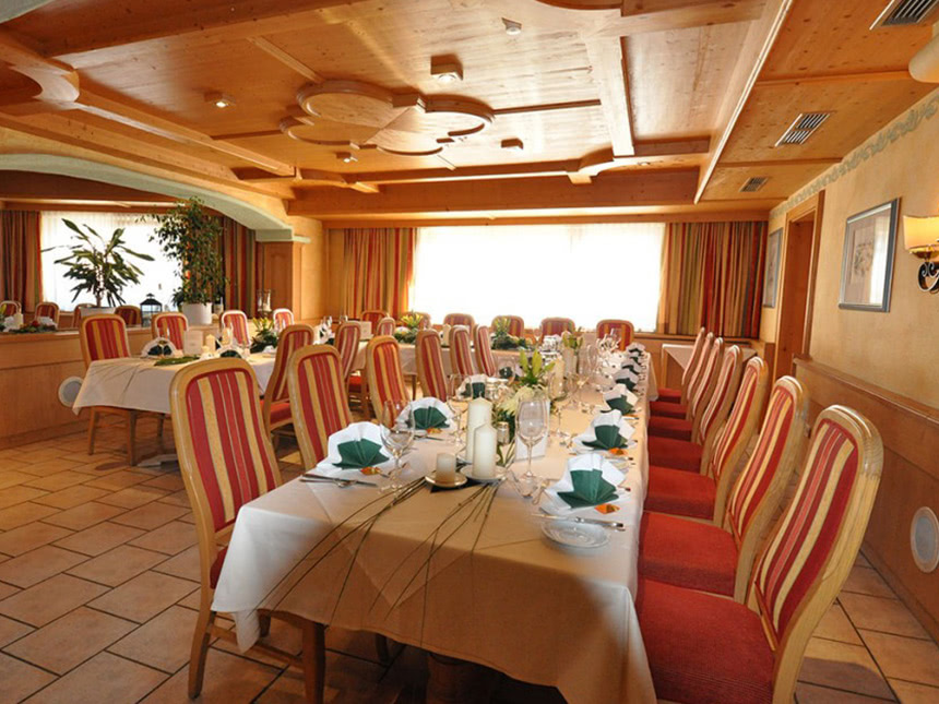 https://bilder.touridat.de/15165/4126/15165-4126-04-Restaurant