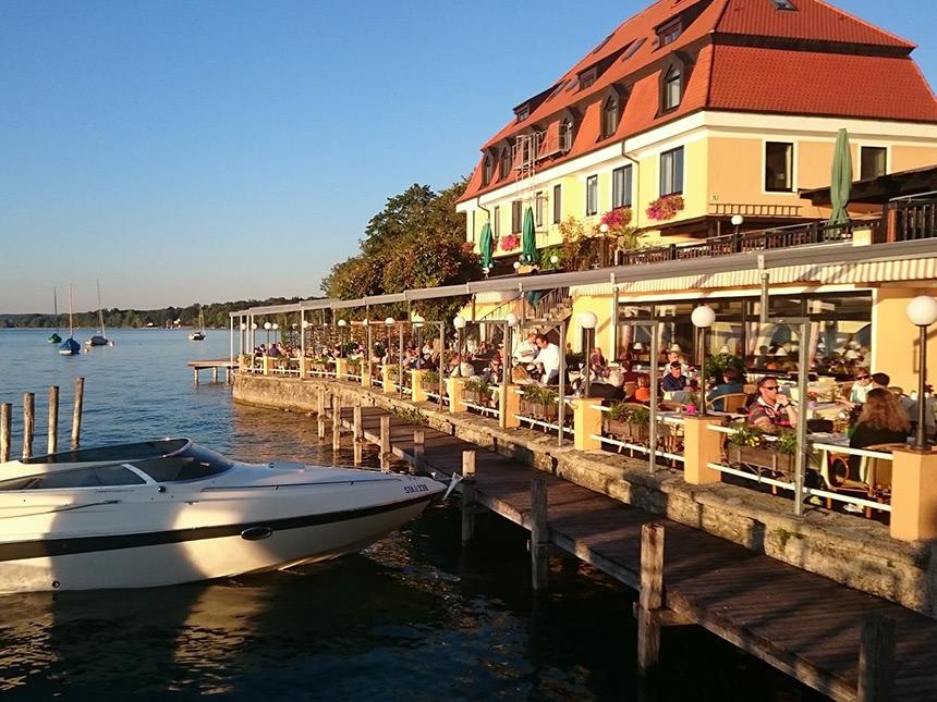 https://bilder.touridat.de/15211/4324/15211-4324-08-Restaurant-am-wasser