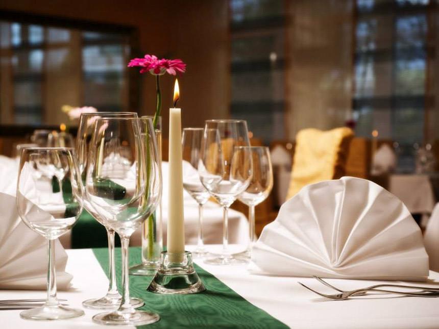 https://bilder.touridat.de/15225/4352/15225-4352-05-Restaurant