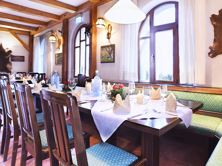 https://bilder.touridat.de/15230/4379/15230-4379-04-Restaurant-01