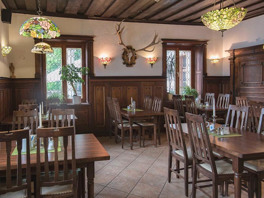 https://bilder.touridat.de/15265/4629/15265-4629-03-Restaurant