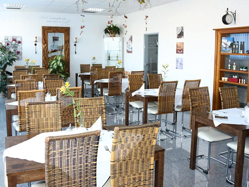https://bilder.touridat.de/15277/5264/15277-5264-04-Restaurant