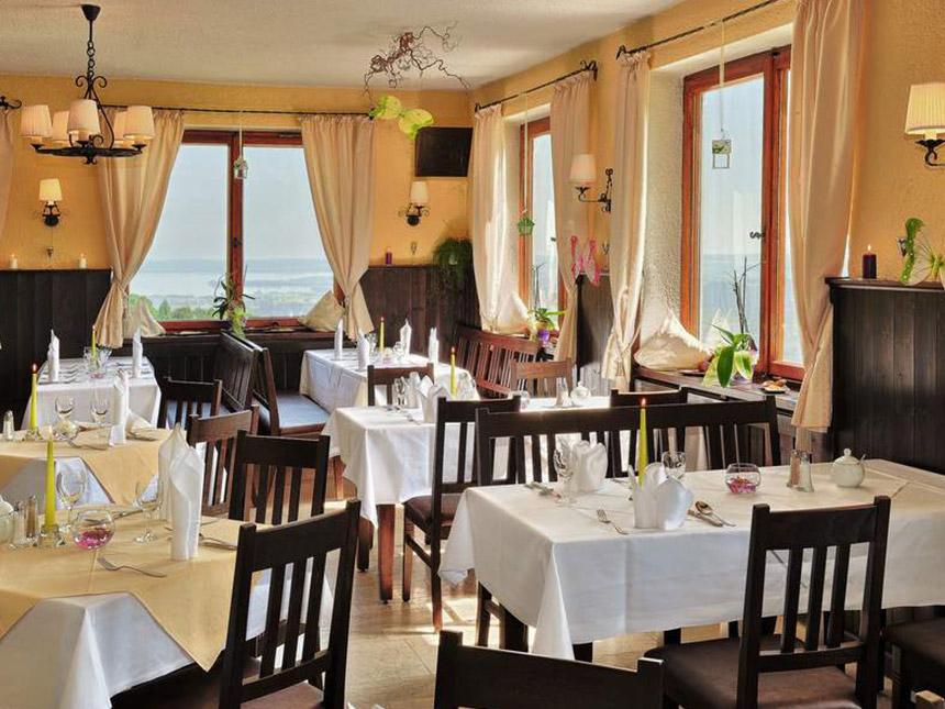 https://bilder.touridat.de/15283/6039/15283-6039-05-Restaurant