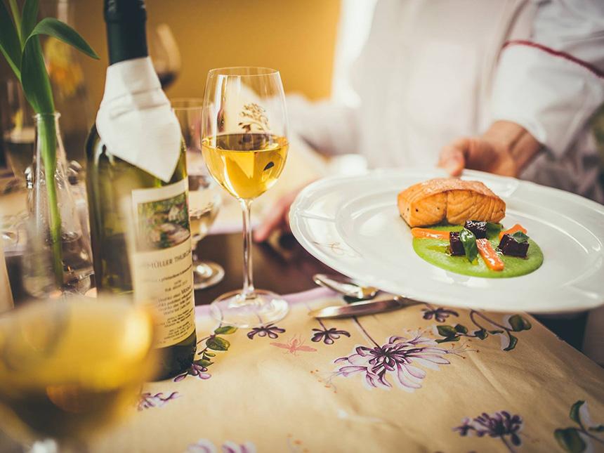 https://bilder.touridat.de/15293/4854/15293-4854-05-Restaurant