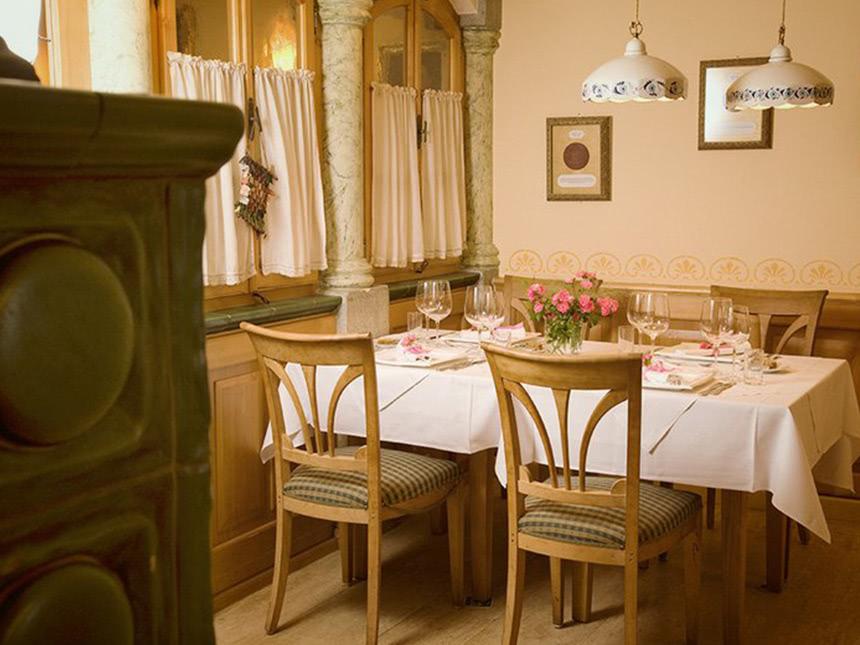 https://bilder.touridat.de/15295/8641/15295-8641-02-Restaurant-02