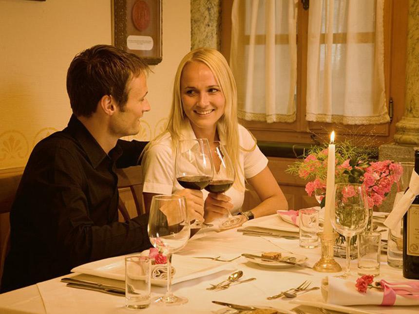 https://bilder.touridat.de/15295/8641/15295-8641-03-Restaurant